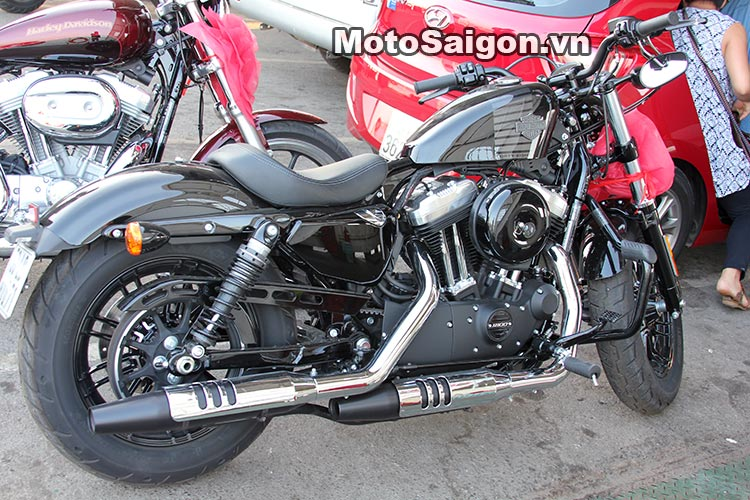 harley-48-2016-moto-saigon.jpg