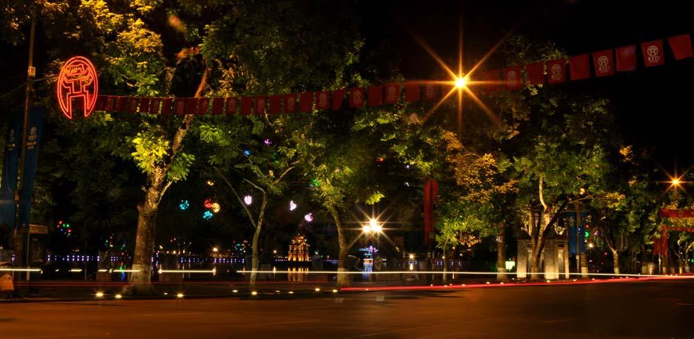 Hình ảnh đẹp đường phố Hà Nội về đêm