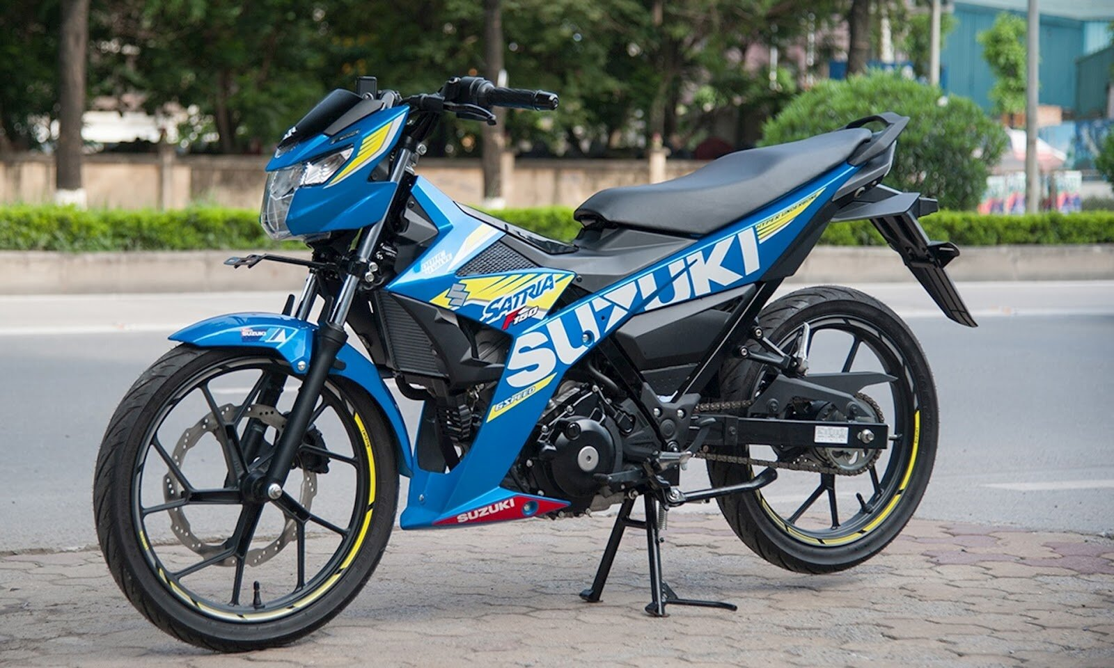 Xe máy Suzuki Satria F150