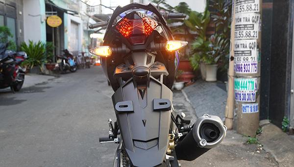 Đèn pha tự động nhờ cảm biến của xe MX King 150 indonesia