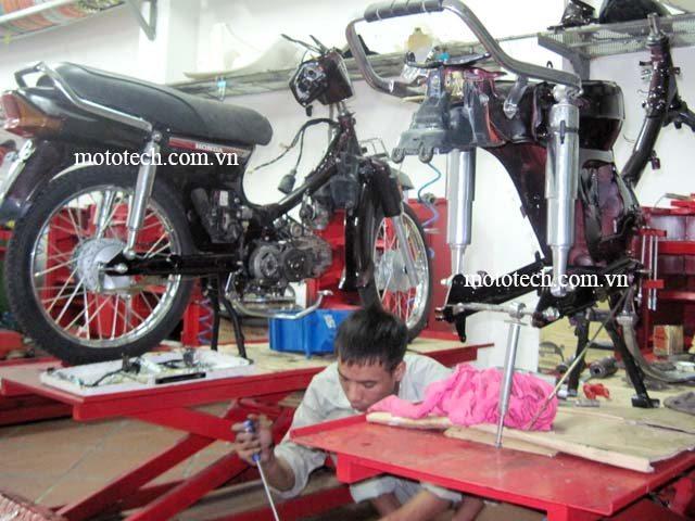 xe dream làm máy tại Mototech
